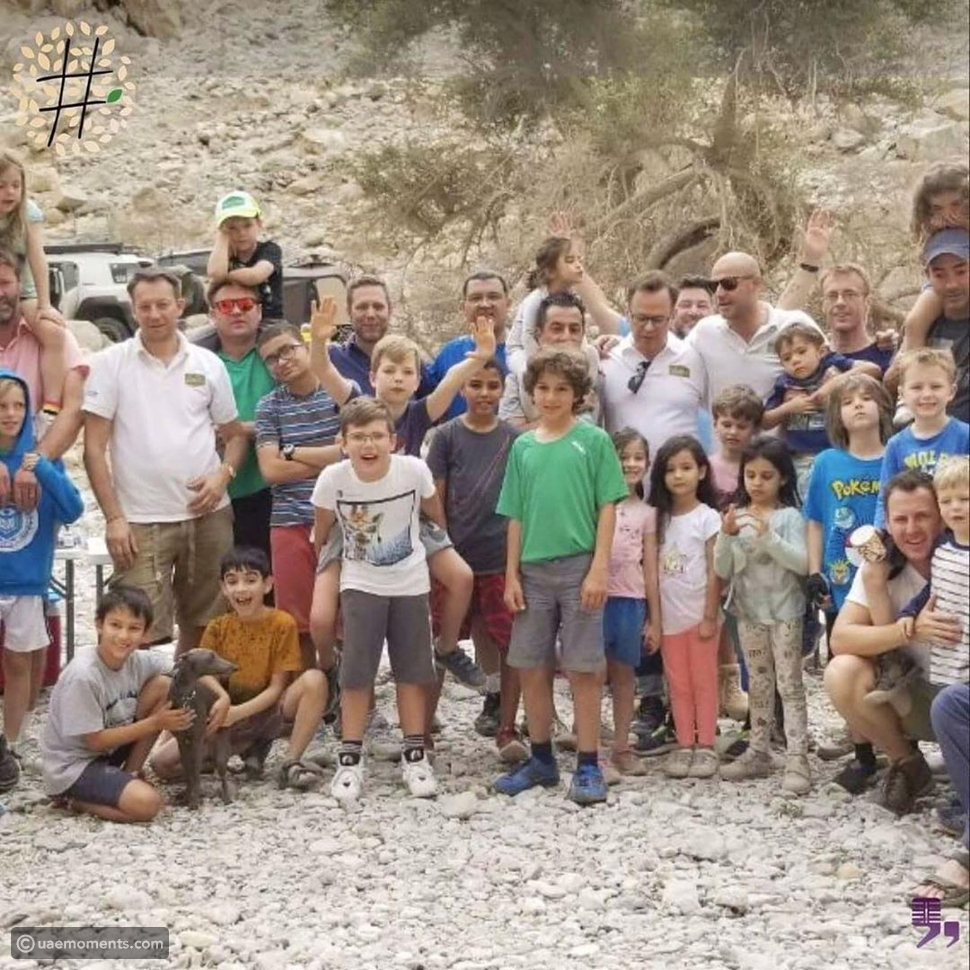 UAE-Based Fathers and Kids Volunteer to Build Classrooms for Eid