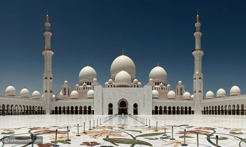 THE 10 LARGEST MOSQUES IN THE WORLD