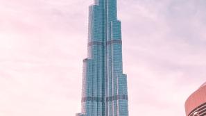 Behind Burj Khalifa wonderful Construction ... The MastePiece of Dubai
