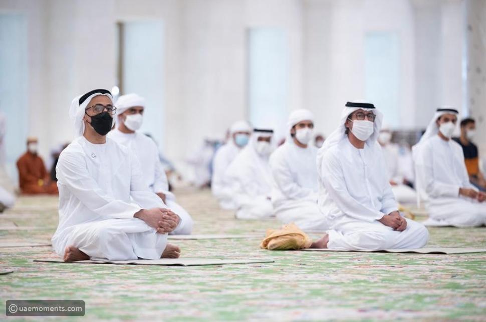 Images: UAE Leaders Perform Eid Al Fitr Prayers