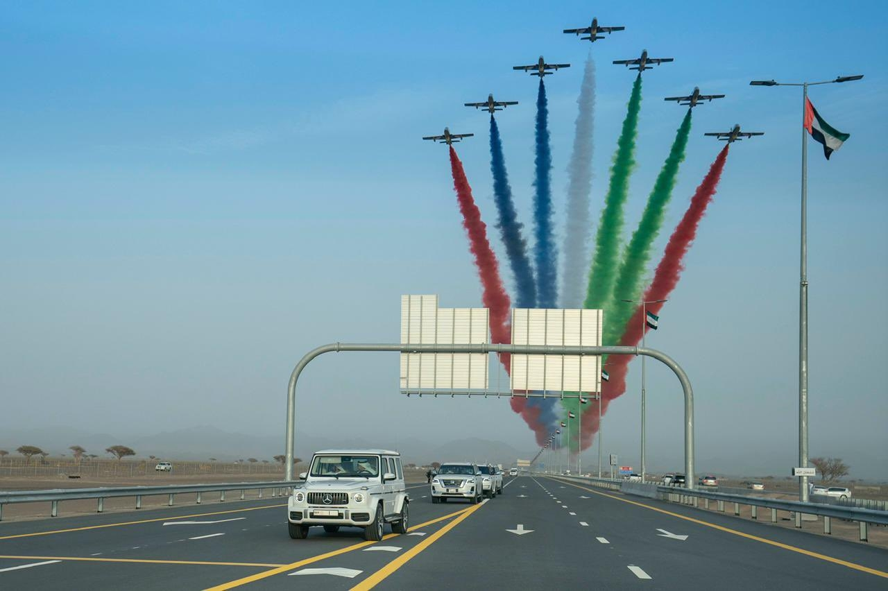 Sheikh Mohammed Inagurates A Series of Road Networks