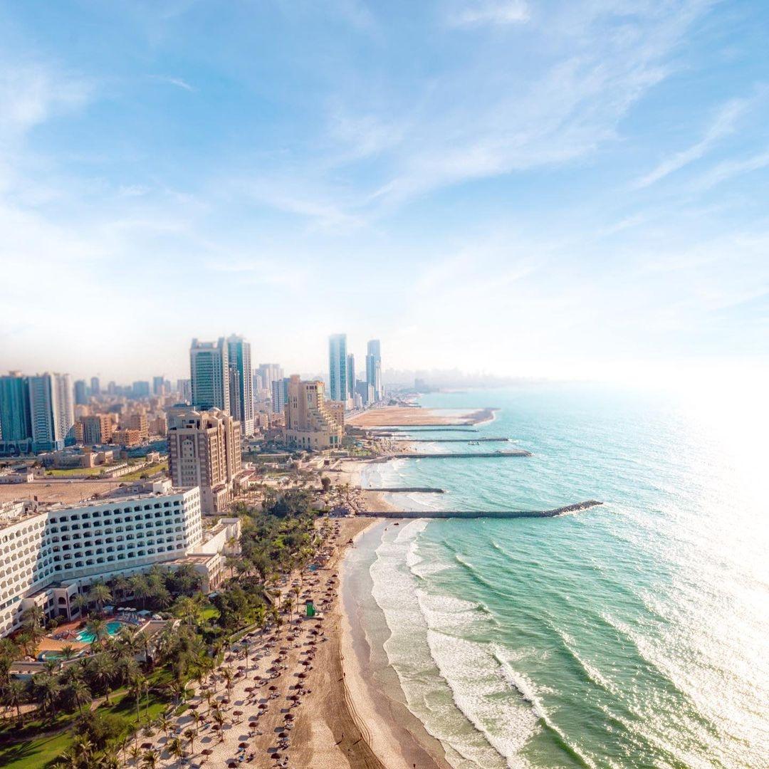 UAE Landmarks Light Up in Yellow to Celebrate Expo 2020 Dubai